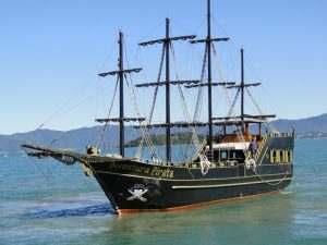 barco-pirata-aventura-pirata