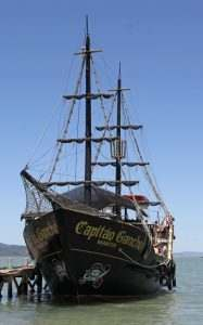 barco-pirata-capitao-gancho