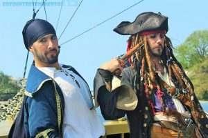 dois-piratas-armados