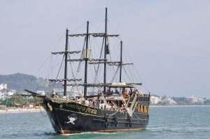 escuna-pirata-aventura-pirata