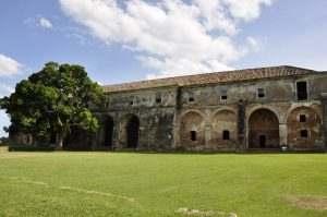 forte-antigo-ilha-anhatomirim
