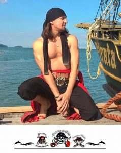pirata-sem-camisa